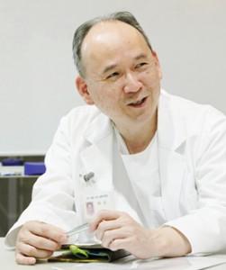院長 窪田博
